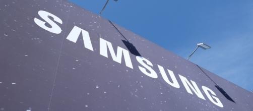 Samsung shipping unlocked Galaxy Note 8 preorders prior to September 15 / Photo via DennisM2, Flickr