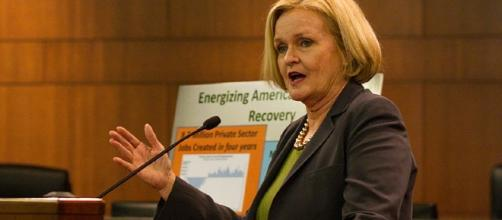 Sen. Claire McCaskill [CC BY-SA 4.0 Image - Mark Schierbecker (Own work) | Wikimedia Commons