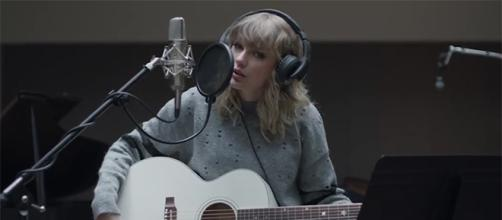 Taylor Swift is teaming up with AT&T for a new project. (YouTube/AT&T)