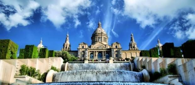Barcellona le 10 attrazioni da non perdere for Viaggi per barcellona