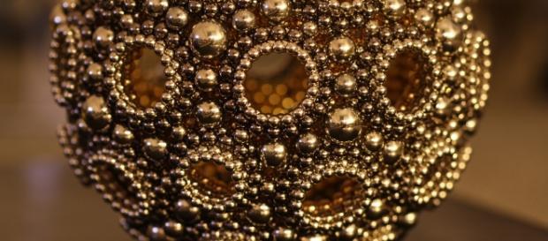 Il Buckminsterfullerene è il materiale più costoso al mondo
