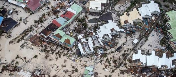 Furacão Irma causa mortes no Caribe