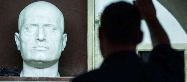 La Camera ha approvato la legge sul reato di propaganda fascista (foto:internet)
