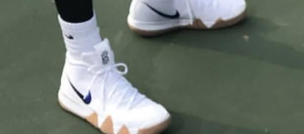 Leaked image of Nike Kyrie 4 (Photo grab from Sneakernews.com)