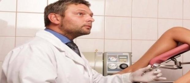 Os ginecologistas são profissionais que cuidam da saúde intima feminina