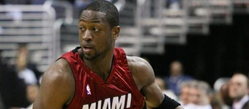 Dwyane Wade during his time with Heat. [Image via Wikimedia Commons]