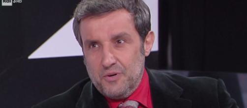 Flavio Insinna: nuova esperienza in Tv per l'ex conduttore di Affari Tuoi - vvox.it