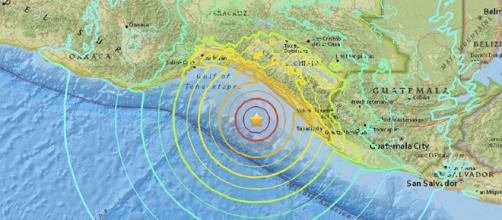 Puissant séisme au large du Mexique