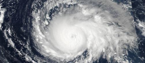 L'uragano Irma si rafforza. Negli Usa è corsa contro il tempo - wired.it