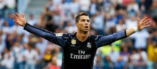 Ronaldo sera au Real jusqu'à ses 41 ans ! - madeinfoot.com