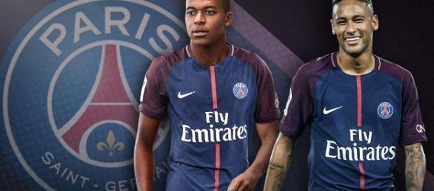 Mbappé estreia com gol no Paris Saint-Germain