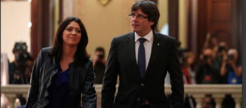 Carles Puigdemont y Marcela Topor