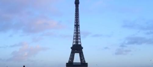 Comparative Government - France. - [blinkk182 / YouTube screencap]