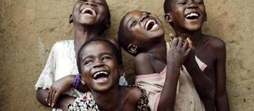 La gran epidemia de risa que asoló Tanzania: hasta un millar de afectado
