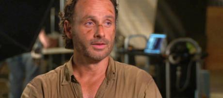 Andrew Lincoln diz ter se assustado ao descobrir que a morte de Carl iria acontecer. (Foto Reprodução)