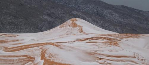 Deserto del Sahara imbiancato.