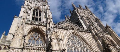 Igreja da Inglaterra condenou sacerdote por abuso espiritual, em decisão inédita