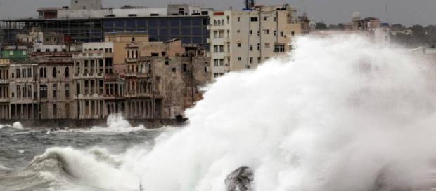Alerta de Tsunami faz lembrar dos estragos feitos pelo Furacão Irma