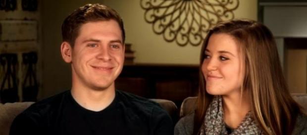 Joy-Anna Duggar with her husband Austin - Screenshot