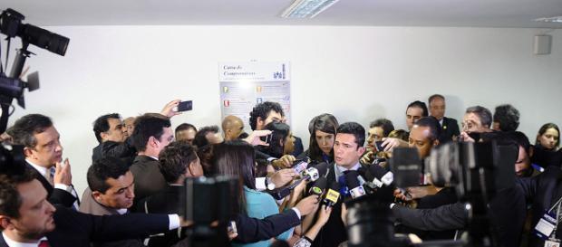 Padrinho de casamento de Sérgio Moro torna-se alvo da defesa de Lula