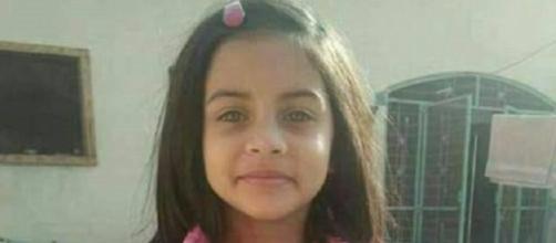 A garotinha da imagem, que foi estuprada e morta, pode ter sido a sexta vítima de um serial killer