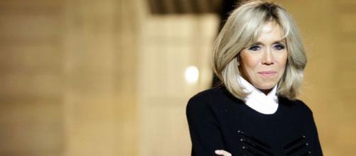 Brigitte Macron, débordée par sa popularité, accumule du retard ... - closermag.fr