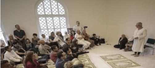 Ibn Ruschd-Goethe mosque [YouTube capture]