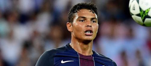 L'agent de Thiago Silva met la pression sur le PSG - bfmtv.com