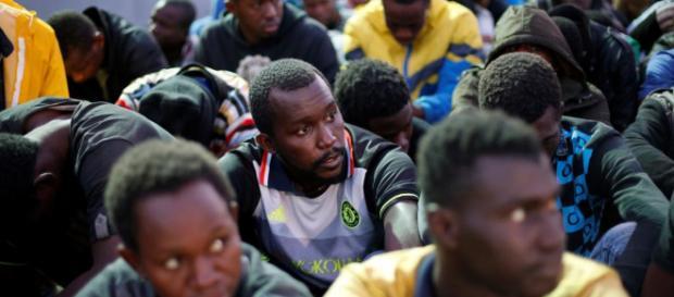 El jefe de la ONU se dice 'horrorizado' por la venta de esclavos ... - rfi.fr