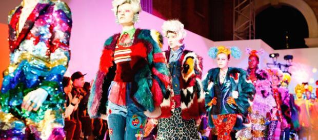 Un desfile de una casa de moda