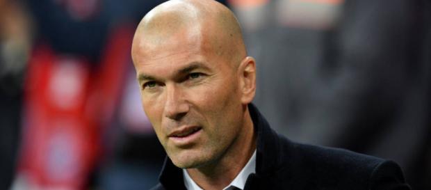 Zidane en una entrevista con la prensa admite que su contrato puede peligrar