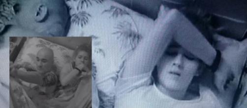 Ayrton e sua filha têm que dormir juntos e ficam incomodados durante a noite. (Foto Reprodução).