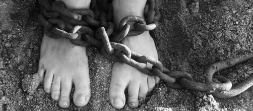 Ragazza indiana ridotta in schiavitù