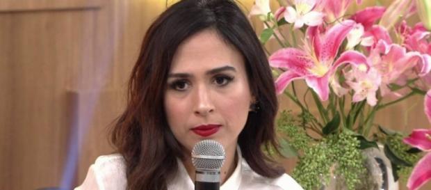 A atriz contou no 'Encontro' que foi pedida em casamento