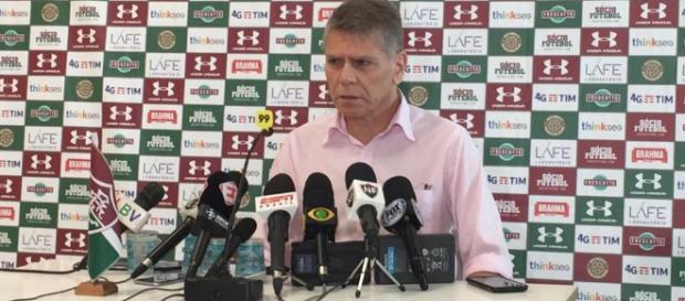 Fluminense viveu quinta agitada dentro e fora de campo (Foto: Globo.com)