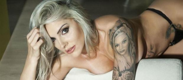 Luanda Fraga e sua tatuagem incomum (Divulgação)