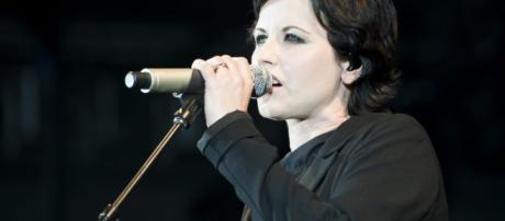 Dolores O'Riordan, la cantante dei Cranberries scomparsa due giorni fa - nme.com