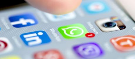 WhatsApp: le funzioni nascoste e i trucchi per usarlo meglio - panorama.it