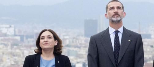 Ada Colau y Felipe VI en imagen
