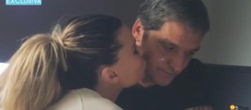 Gustavo González y María Lapiedra grabándose