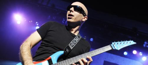Interview: Joe Satriani on Chickenfoot covering Deep Purple's ... - musicradar.com