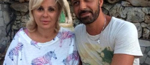 Tina Cipollari lascia il marito. Fine della loro storia.