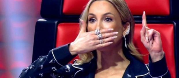 Fã protagoniza barraco com Claudia Leitte em porta de emissora de rádio