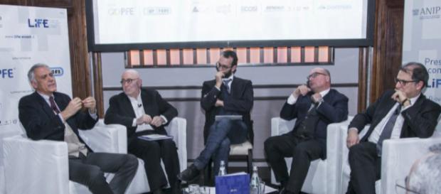 Silvano Curcio, Nicola Di Battista, Claudio Cerasa, Lorenzo Mattioli e Dario Ginefra
