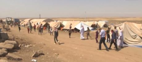 Yazidi Refugees Escape Islamic State Fighters: The Battle for Iraq (Dispatch 6). - [Vice News / YouTube screencap]