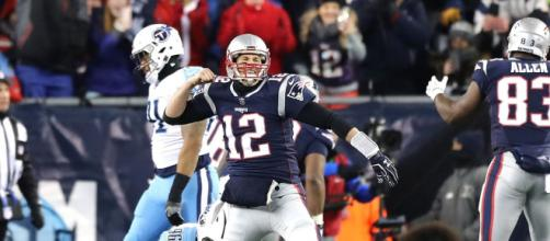 Tom Brady ahora ha ganado 22 partidos de local, por sólo 3 derrotas en playoffs en Gillete Stadium.