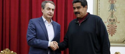 Zapatero (España) junto al dictador Maduro (Venezuela)