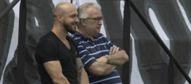 Diretoria do Corinthians pode trazer reforço para o elenco de Carille