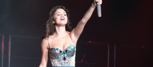Selena Gomez in concert / commons.wikimedia.org