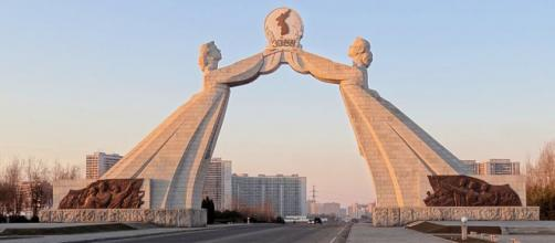 National Reunification monument south of Pyongyang. - [Image credit – Bjorn Christian Torrissen / Wikimedia Commons]